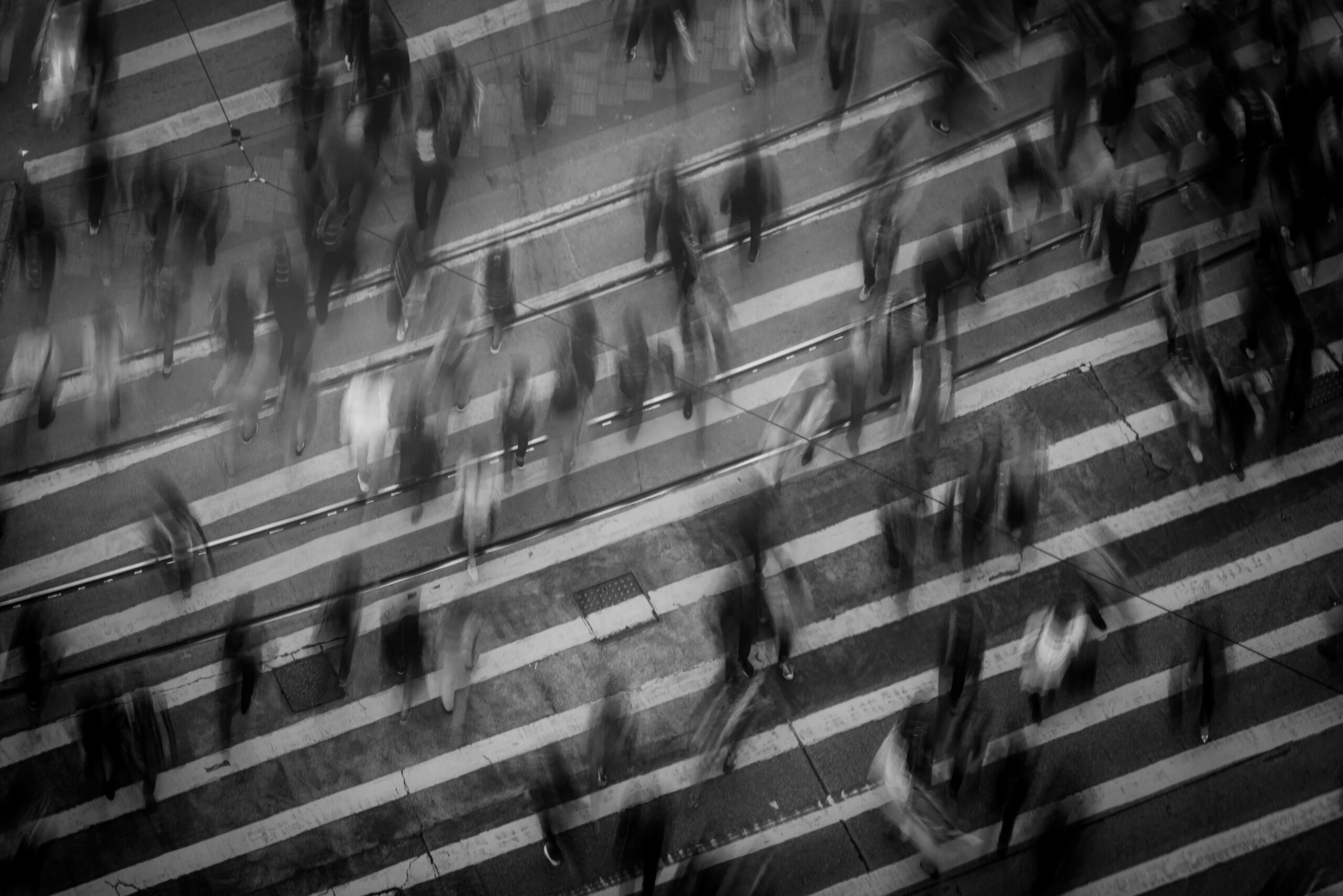 Black and white crowd timelapse by Mike Chai via Pexels